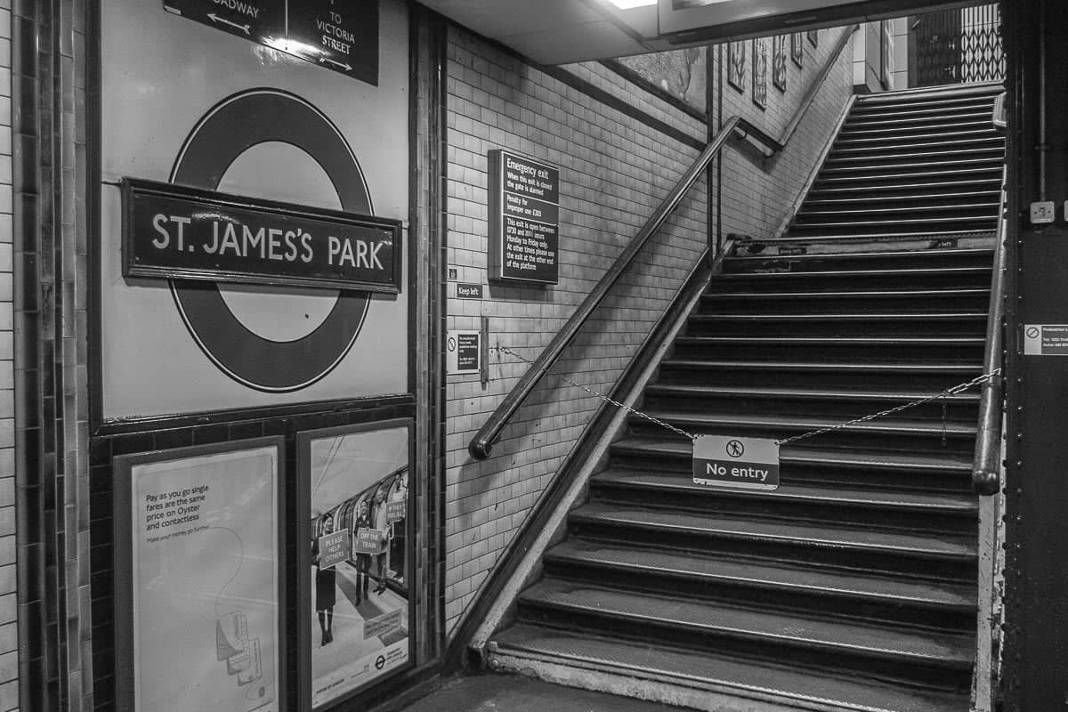 U-Bahn Station St. James's Park in London